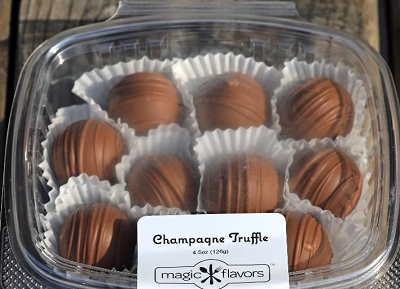 10 Milk Chocolate Champagne Truffles by Magic Flavors